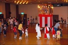 仮装盆踊り.jpg